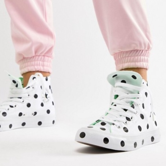 converse leg sko polka dot